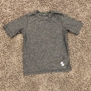 5/$25 boys gray athletic shirt, size 5/6